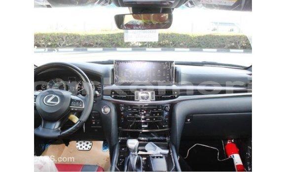 Acheter Importé Voiture Lexus LX Blanc à Import - Dubai, Grande Comore