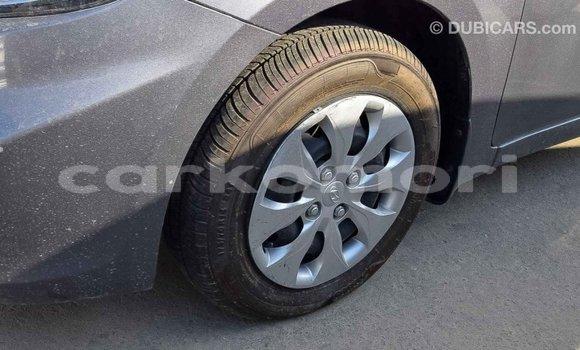 Acheter Importé Voiture Hyundai Accent Autre à Import - Dubai, Grande Comore