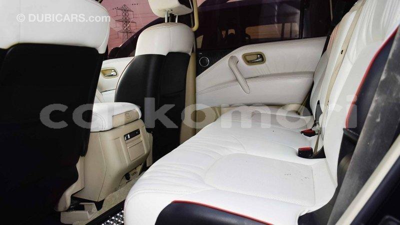 Big with watermark nissan patrol grande comore import dubai 1414