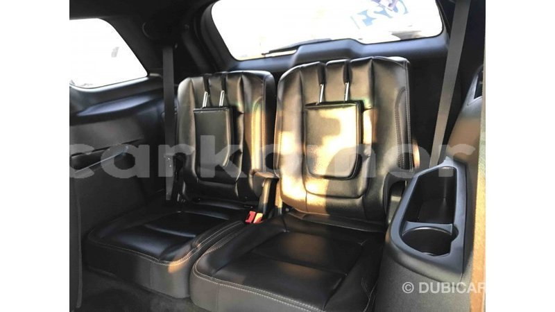 Big with watermark ford explorer grande comore import dubai 1426