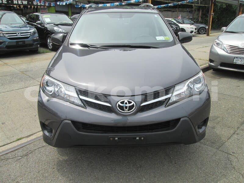 Big with watermark toyota rav4 grande comore moroni 1542