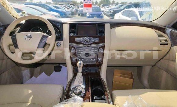 Acheter Importé Voiture Nissan Patrol Noir à Import - Dubai, Grande Comore