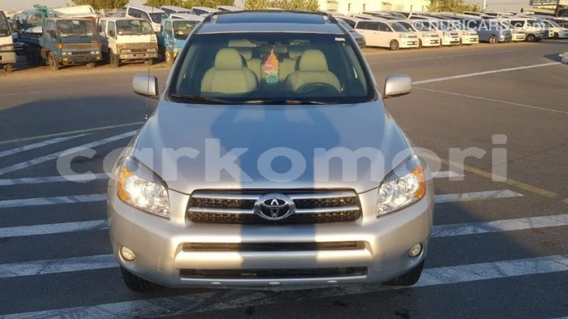 Big with watermark toyota 4runner grande comore import dubai 1823