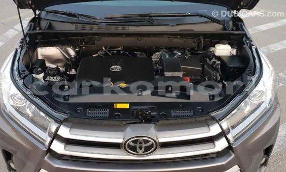 Acheter Importé Voiture Toyota Highlander Autre à Import - Dubai, Grande Comore