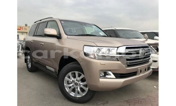 Medium with watermark toyota land cruiser grande comore import dubai 2220