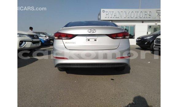 Acheter Importé Voiture Hyundai Elantra Autre à Import - Dubai, Grande Comore