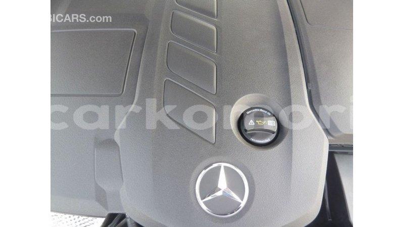 Big with watermark mercedes benz 190 grande comore import dubai 2812