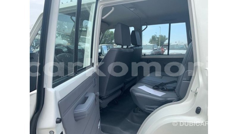 Big with watermark toyota land cruiser great comore import dubai 3072