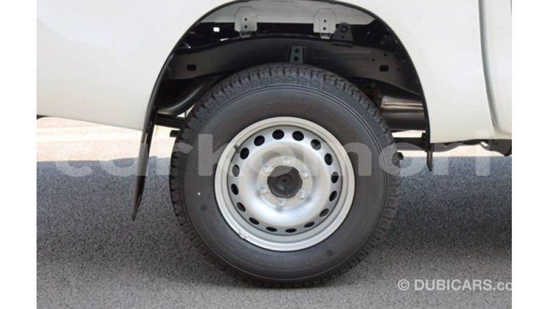 Big with watermark toyota hilux great comore import dubai 3087