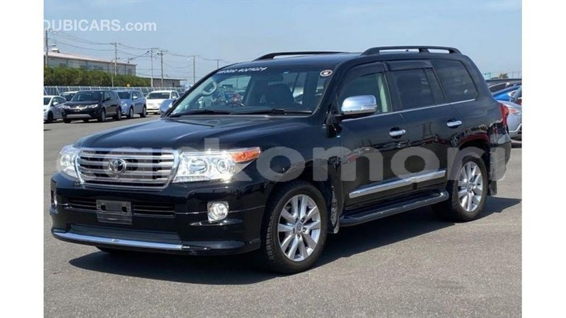 Big with watermark toyota land cruiser great comore import dubai 3112