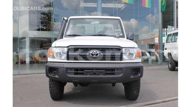 Big with watermark toyota land cruiser great comore import dubai 3123