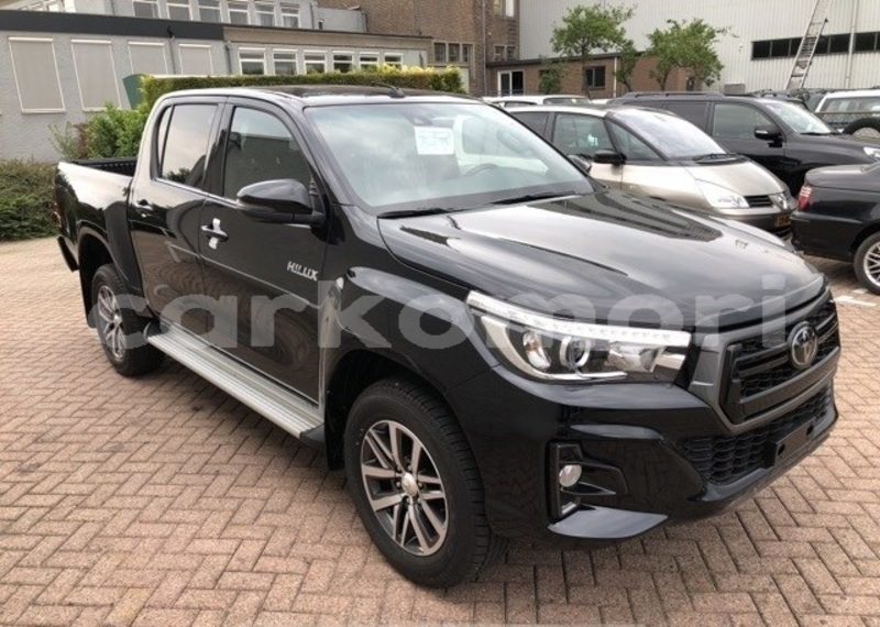 Big with watermark toyota hilux anjouan domoni 3132