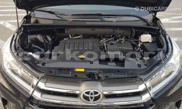 Acheter Importé Voiture Toyota Highlander Noir à Import - Dubai, Grande Comore
