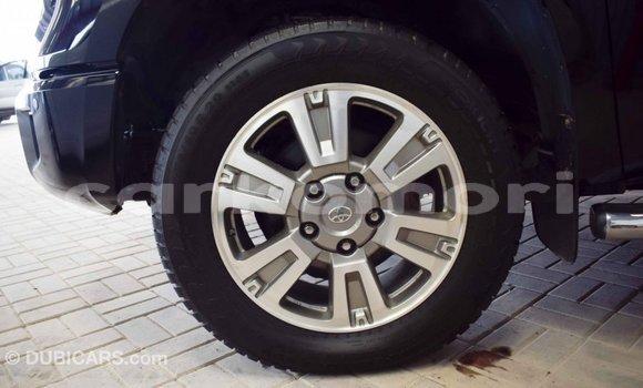 Acheter Importé Voiture Toyota Tundra Noir à Import - Dubai, Grande Comore