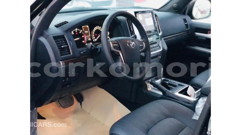 Big with watermark toyota land cruiser great comore import dubai 3475