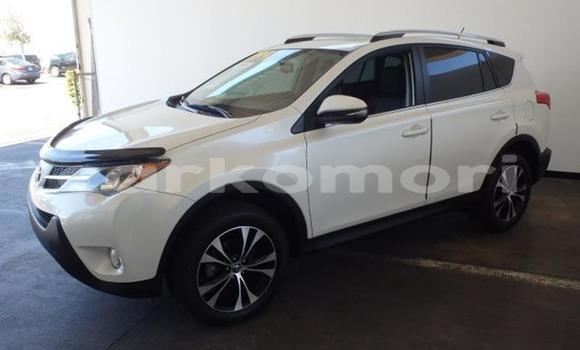 Buy Used Toyota RAV4 Green Car in Fomboni in Moheli