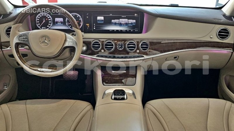 Big with watermark mercedes benz 190 great comore import dubai 3509