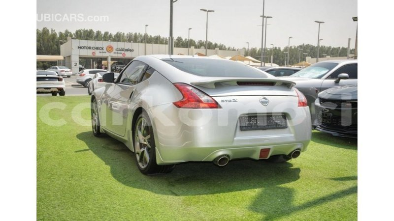 Big with watermark nissan 370z great comore import dubai 3754