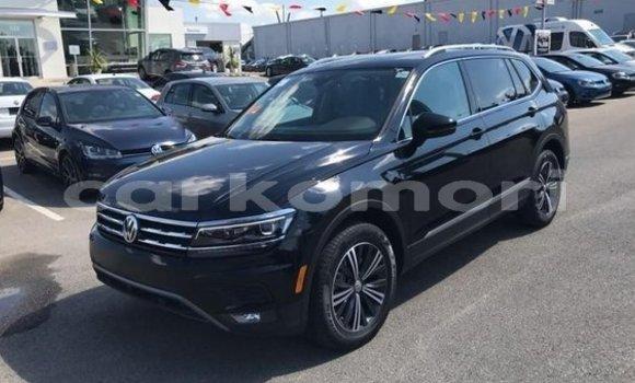 Buy Used Volkswagen Tiguan Black Car in Fomboni in Moheli