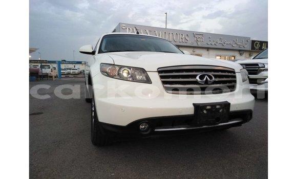 Acheter Importé Voiture Infiniti FX Blanc à Import - Dubai, Grande Comore
