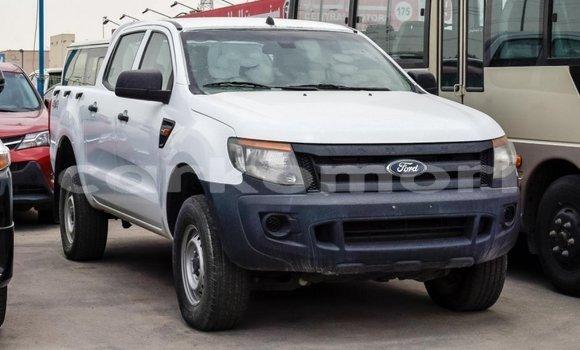 Acheter Importé Voiture Ford Ranger Blanc à Import - Dubai, Grande Comore