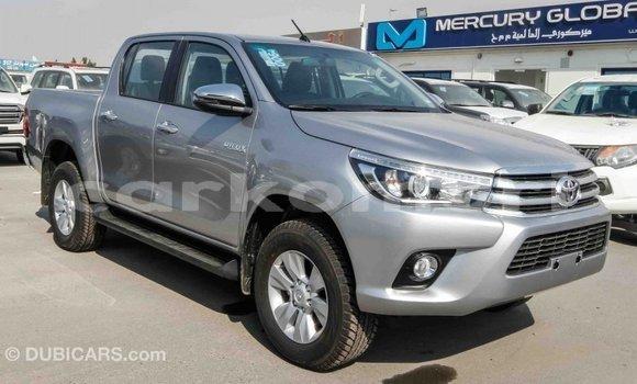 Acheter Importé Voiture Toyota Hilux Autre à Import - Dubai, Grande Comore